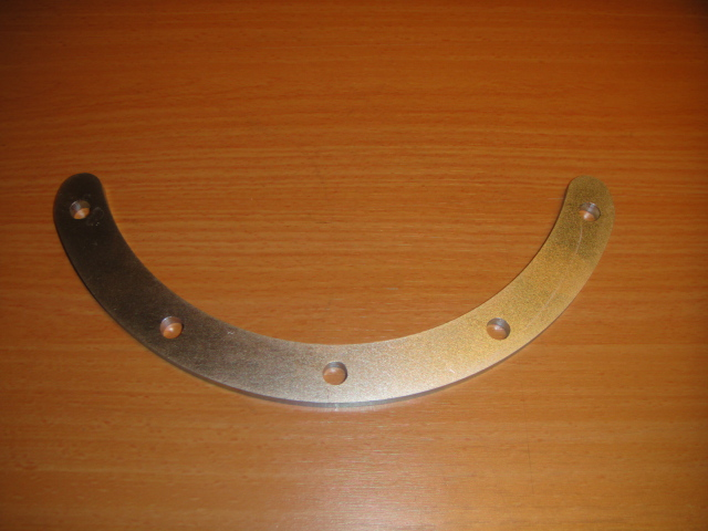 Half moon clamp