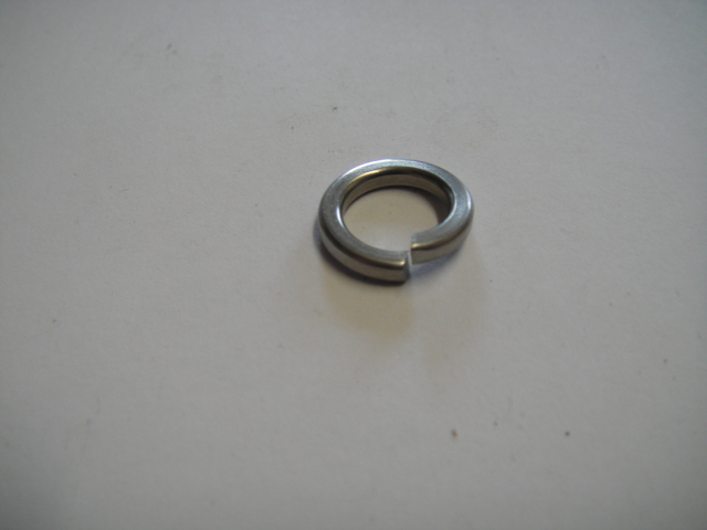 "3/8"" square section spring washer"